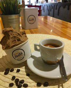 tasta gelato cafeteria espresso in hollywood florida